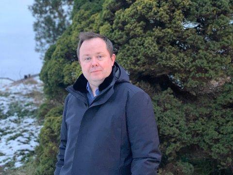 FLAT SMITTETREND: – Vår smittetrend er flat og kanskje nedadgående, men Norge totalt har en stigende trend, sier ordfører Robin Kåss, og minner alle på å følge tiltakene.