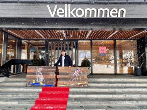 RØD LØPER: Lørdag blir det street art, kosert og rød løper på Gaustablikk hotell. Rune Francisco Fauske står for bildene.