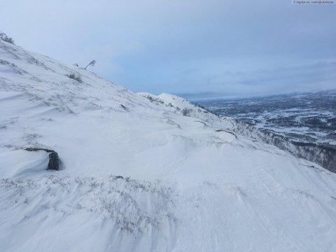SKREDFARE: Det er sendt ut oransje farevarsel for skredfare i fjellet i Telemark i helgen.