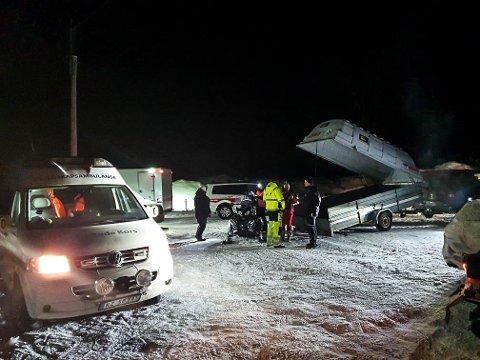 KVELD: Lete/redningsaksjonen i Hjartdal ble satt i gang ved 19.30-tida søndag. Foto: Privat