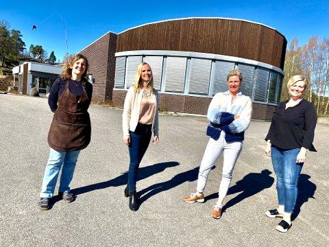 INVESTERER: For å få hele produksjonen hjem, måtte de investere en god slump penger. Fra venstre: Marit Lintrup Svendsen, Tone Rose Bjerke, Karoline Thiis-Evensen og Annette Bjerkøen.