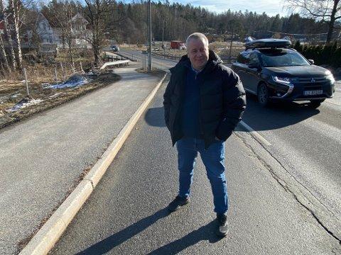 STATEN BØR OVERTA: Stortingspolitiker Bård Hoksrud (Frp) mener at Staten bør betale, i stedet for bompengefinansiering.