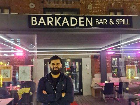 GOD SOMMER: Daglig leder Zirek Suleyman hos Barkaden i Skien håper på en ny god sommer. Foto: Privat
