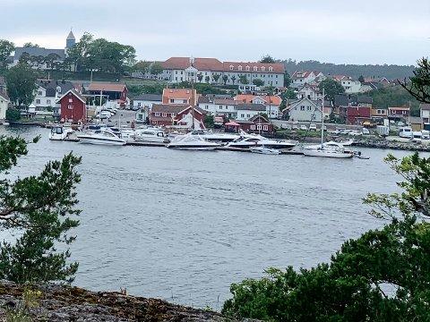 STØRRE BÅTER: Langesund gjestehavn lørdag ettermiddag. Bildet er brukt som illustrasjonsfoto.
