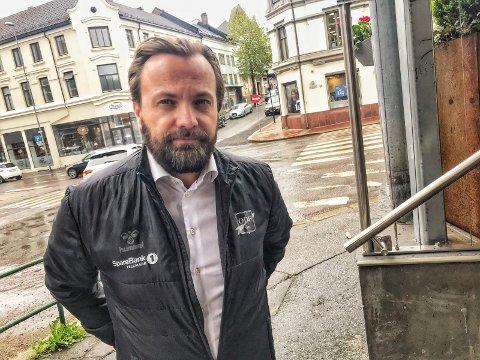 ER FORBANNET: Einar Håndlykken etterlyser hjelp på vegne av noen som ikke får leid seg en hytte.