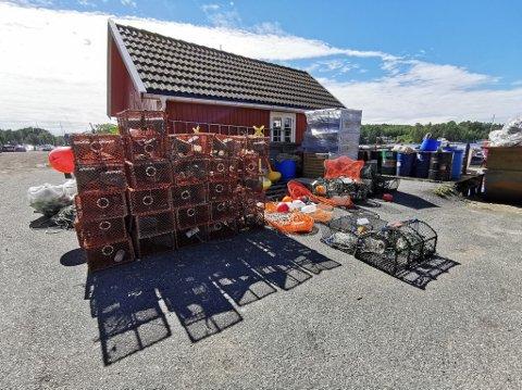 Her er deler av fangsten som ble hentet opp under storkontrollene i Vestfold og Telemark. Foto: Politiet
