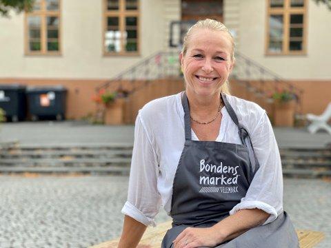 Hege Lier gir seg i Bondens Marked.