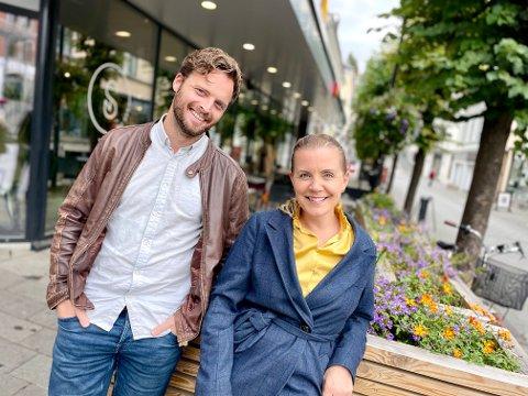 GLEDER SEG: Andreas Hoff og Hilde Norland Gundersen gleder seg til en kveld hvor de gir folk det beste av det beste.
