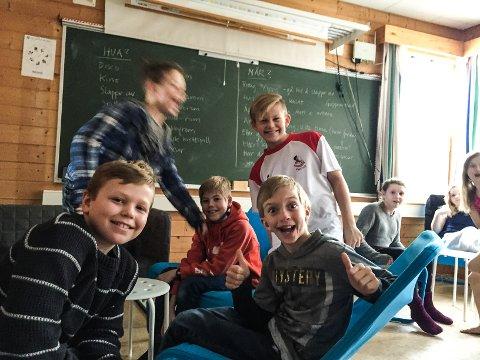 Åpning av kafeen Roger på Høgås skole
