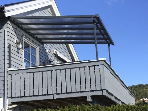 Bud på 10 000: Taket ble ikke solgt under auksjonen lørdag. Nå er det lagt inn bud på 10 000 kroner.