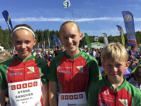 Fornøyde: Synne Sandven, Emma Engehult og Rasmus Engehult løper bra i Sverige.