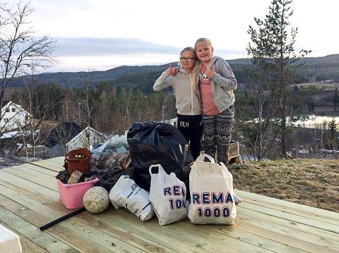 STORFANGST: Alt dette søppelet plukket Mari Lien Haug (t.v.) og Silje Bakkåker Kristensen onsdag kveld.