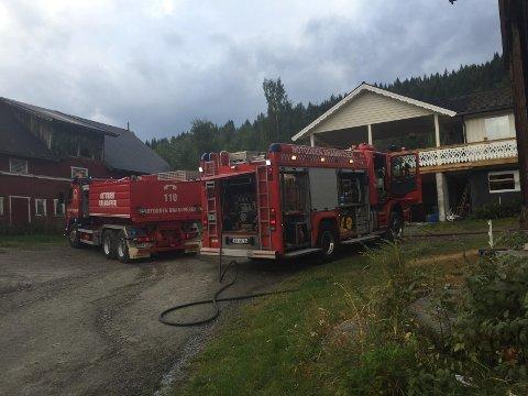 Det var på dette gårdstunet det nesten oppsto brann i dag.