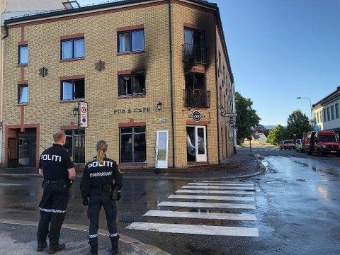 BRANN: Den omkomne bodde i leiligheten i annen etasje som ble mest skadet av brann.