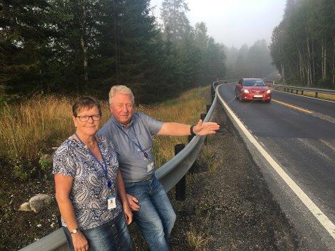 MÅ STOPPES: Den hasardiøse kjøringen over Meheia må stoppes mener Hanne M. Reichelt og Jacob Offenberg, de frykter flere liv vil gå tapt.