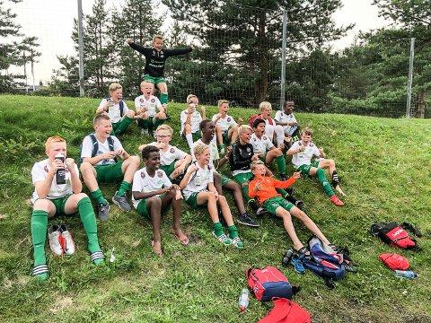 JUBEL PÅ HAUGEN: Snøgg Fotballs 12-åringer gjorde reint bort på Hamar.