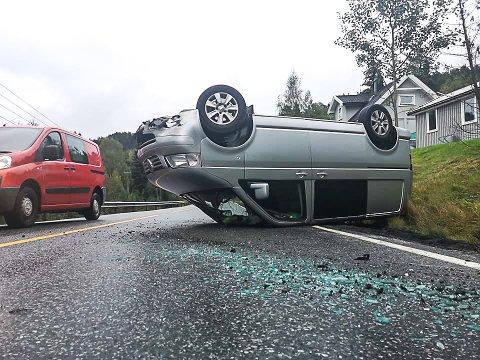 Trafikkulykke mellom Hjuksebø og Holtsås