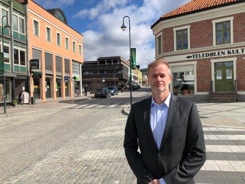 OVERLATER TIL POLITIET: -Jeg har tillit til at politiet vil treffe nødvendige og relevante tiltak, sier beredskapsleder Per Sturla Wærnes.