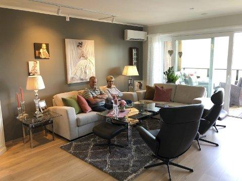 Godt valg: Finn og Astrid Kjeve er glad for at de valgte å flytte fra stor enebolig til leiligheten på Tveiten. Nå skal de nye utsikten og et nytt, vel planlagt hjem.