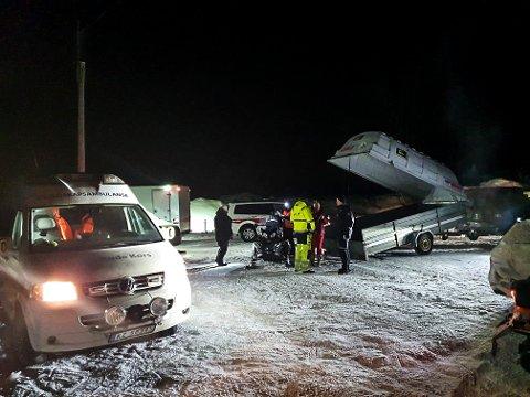 KVELD: Lete/redningsaksjonen i Hjartdal ble satt i gang ved 19.30-tida søndag.