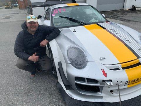 Andreas Vaa er kjempefornøyd med bilen som har vært hans nærmeste de siste fire årene.