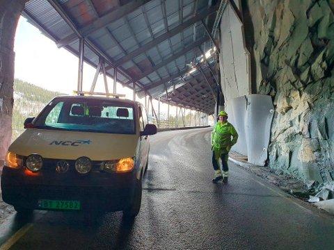 STENGT: Maristigen er stengt på ubestemt tid på grunn av steinraset onsdag ettermiddag.