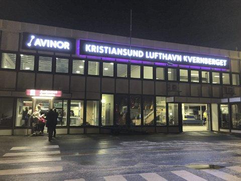 Færre flyr: Alle fire flyplasser i Møre og Romsdal hadde trafikk-nedgang i februar, og Kristiansund hadde atter en gang størst svikt.