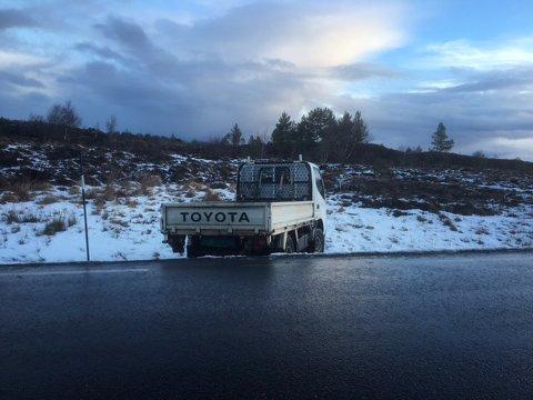 Blank is på veien ved Breivika på Henda i Averøy.