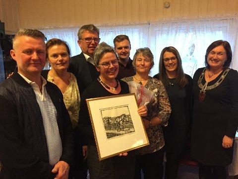 Fra venstre: Bjørn Dyrseth, Guri Utheim, Anna Bae Fagereng, Eldbjørg Johnsen, Signhild Kongshaug. Bak Kåre Dyrset, Henrik Smenes Hoset