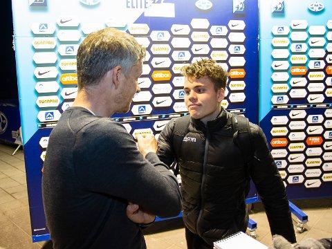 Tobias Svendsen var utlånt fra Molde til Haugesund i fjor høst. Her i samtale med Ole Gunnar Solskjær.