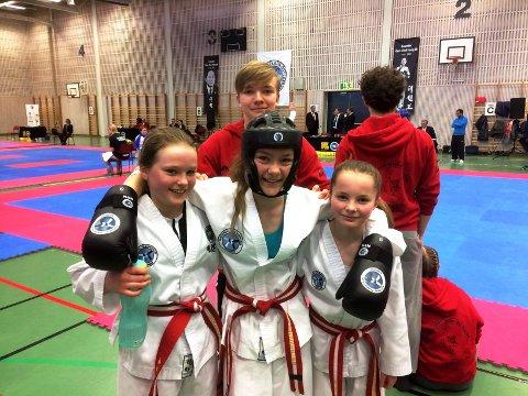 Sindre K. Bruset, Edel Therese Karlsen, Maren Karlsen og Heidi Fiske var fire av utøverne fra Surnadal som var med i midtnorsk mesterskap.