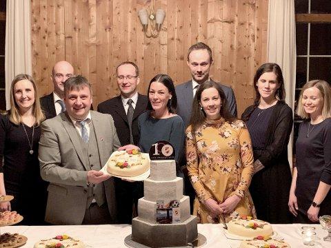 Styret i jubileumsåret. Tonje Kristin Vikan (til venstre), Leif Magne Andersen, Ivar Vikan, Tore Gjul, Ann-Elin Stenberg, Jostein Kvendset, Kristin Grønnes, Elin Fossen og Solveig Kvande.