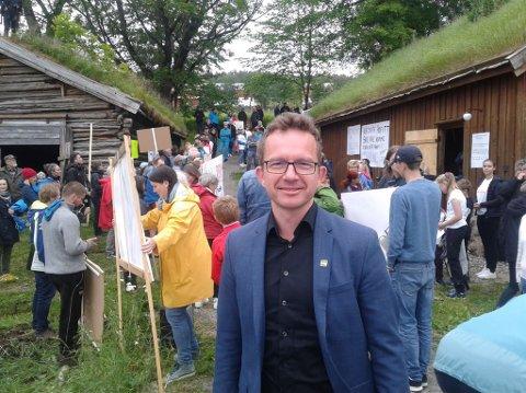Carl Johansen, førstekandidat for MDG i Møre og Romsdal, under demonstrasjon mot giftdeponi i Rausand.