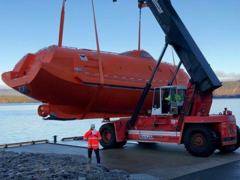 Njord A får elektriske livbåter levert av Viking Norsafe i Arendal.