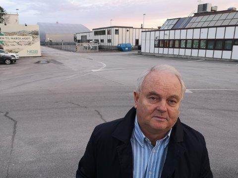 Øivind Hoem i Kvernberget vekst sier selskapet vurdere å ta kontakt med lavprisaktører for å gi SAS konkurranse på ruten mellom Kristiansund og Oslo.