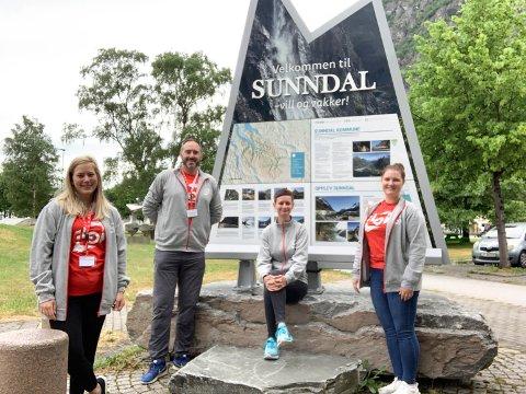 Fra venstre: Marthe Hjelle, Odd Håkon Grønli, Siri Vik Bakken og Iselin Blakkestad.