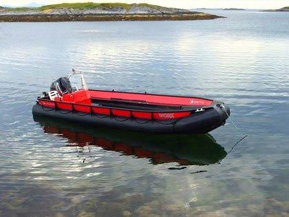 HAR SATT I GANG SØK: HRS Sør-Norge sier det ikke er grunn til å overdramatisere, men frykter at det i verste fall kan ligge personer i vannet.