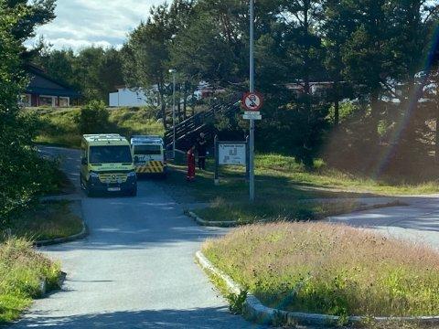 Politiet leter etter flere gjerningspersoner etter et mulig ran på Rensvik torsdag ettermiddag.