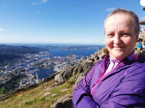 Nina Torske fra Kristiansund var den eneste som ikke ble smittet (i tillegg til to som hadde hatt korona tidligere, og var immun) i bergenskoret Lystgården Vokal.
