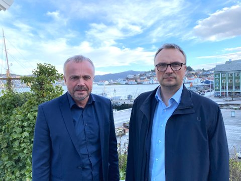 Ordfører Kjell Neergaard er godt fornøyd med at kommuneoverlege Askill Sandvik kan slippe litt opp på lokale tiltak.