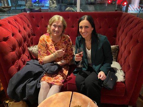 Ingrid Ovidie Rangønes og Hanne-Berit Brekken var godt fornøyd etter samtaler med Ingvild Kjerkol forrige uke.
