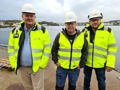 Tore Grelland (fra venstre), Terje Fagervold og Jan Erik Larsen kan friste med spennende jobbmuligheter i Kristiansund.