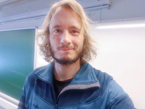 Den nye rektoren: Edward Eikem Jensen er per tiden lærer ved Straumsnes barne- og ungdomsskole.