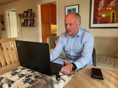 – Ambisjonene om bystyrebehandling i juni blir useriøst, sier Kjell Neergaard.