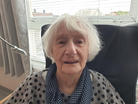 Signe Petrine Karlsen blir 103-år gammel åttende august 2021.
