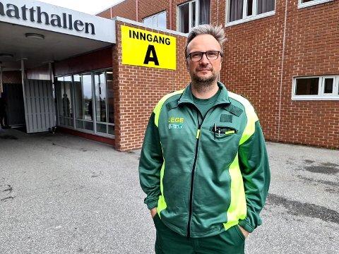 – Vi jobber med den del detaljer, men det er på det rene at vaksineringen vil skje med et spesialrigget opplegg i Braatthallen, sier Askill Sandvik.