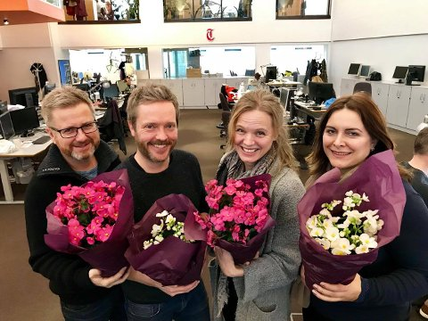 KOMMER PÅ DØRA: Journalistene Sven Erik Syrstad (til venstre), Knut-Erik Lahn, Tone Finsrud og Emira Holmøy etterlyser gode tips til folk som fortjener en juleglede i desember.
