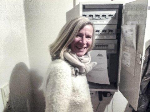 TENKE SELV: Jane Leidal sier vegringen mot de nye strømmålerne skyldes at folk i Tinn er i stand til å tenke selv.
