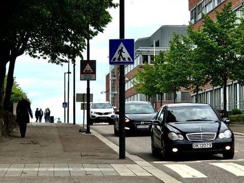TILSKUDD: Vestfold fylkeskommune har fått over en million kroner i tilskudd til gang- og sykkelanlegg i Halfdan Wilhelmsens allé forbi sykehuset.