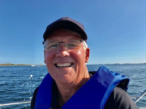 LIVET PÅ HAVET: Jonathan Hall (60) elsker å tilbringe ferien i hjembyen Tønsberg.